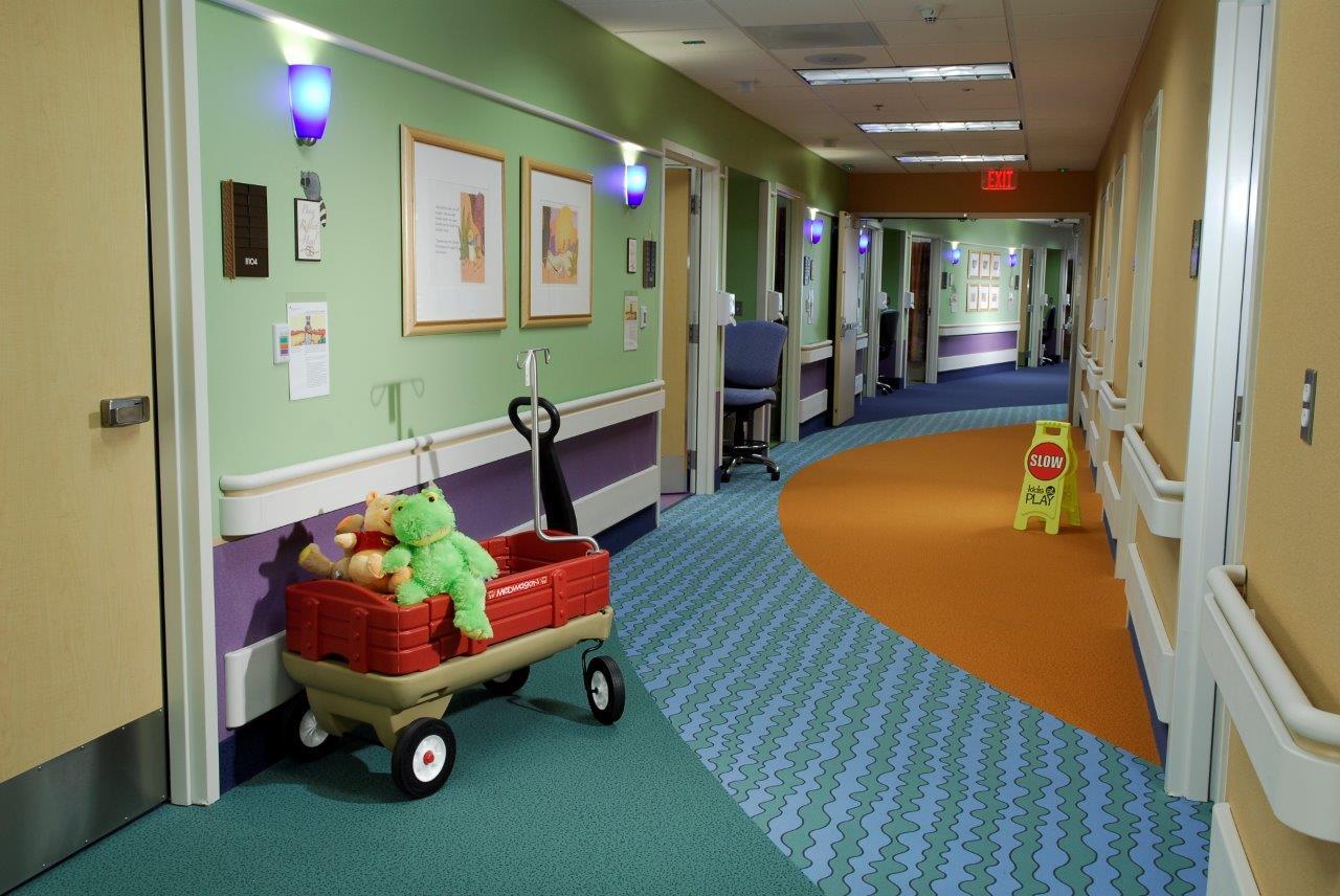 Corridor Design Color: Mercy Gilbert Medical Center Pediatric Unit, Gilbert, AZ